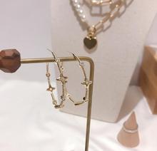 Simple exquis femmes classique cercle boucles doreilles lettres mode exagéré géométrique cerceau oreille accessoires