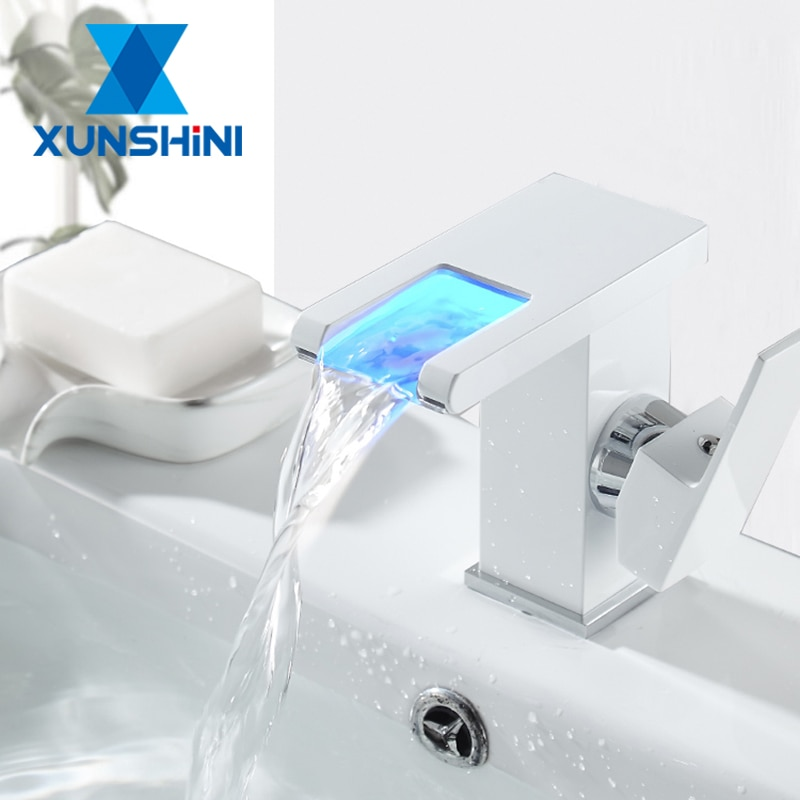 XUNSHINI-صنبور بالوعة الحمام LED ، صنبور شلال RGB مع تغيير اللون الساخن والبارد ، صنبور خلاط نحاسي للحوض
