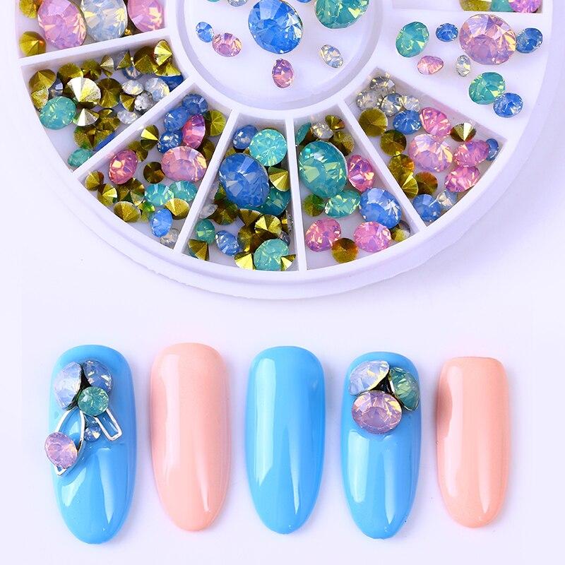 1 caja de diamantes de imitación de uñas de cristal de colores de fondo plano redondo tachuela de uñas de ópalo de varios tamaños decoración 3D en rueda
