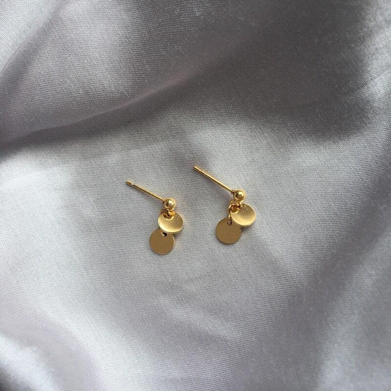 Mini color oro oblea/lentejuelas de acero de titanio Stud pendientes exquisita joyería Popular de las mujeres de accesorios de aretes no se desvanecen