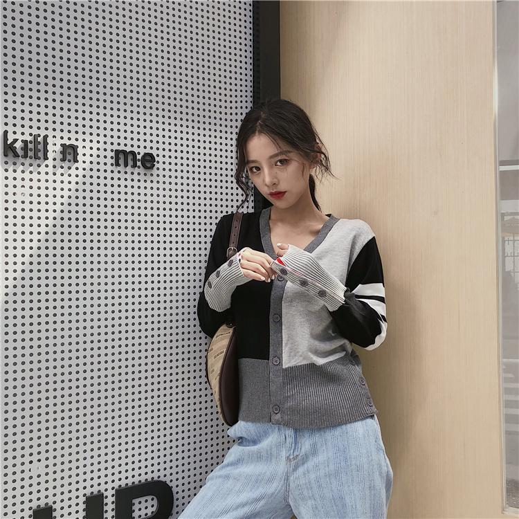 Sweater ladies 2021 early spring and autumn new cardigan color matching striped sweater cardigan top enlarge