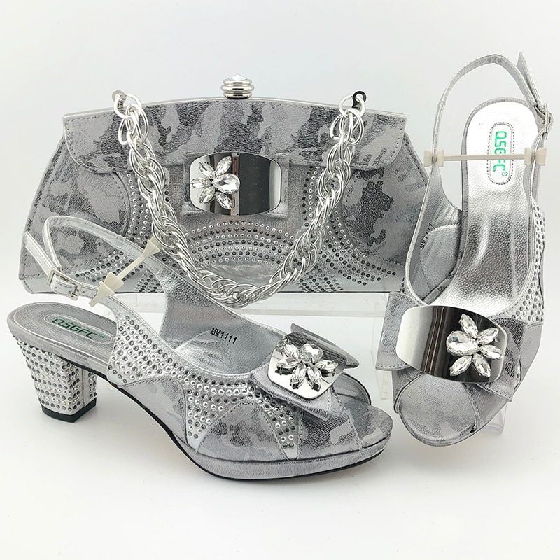 Italian Newest Special Rhinestone and Metal Decoration Style Women Shoes and Bag Set in Gold Color