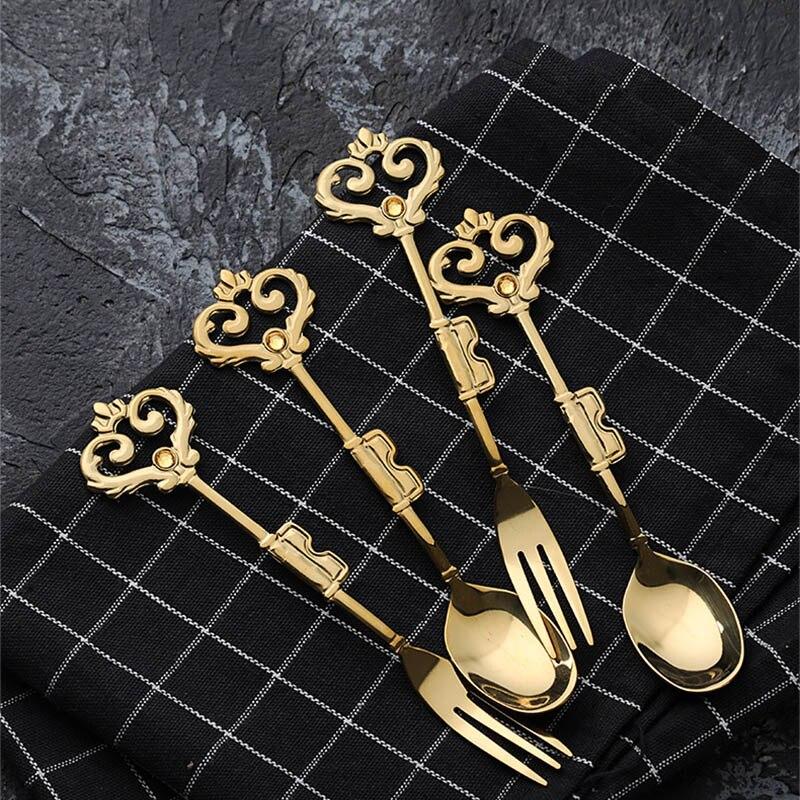 Corona europea, cucharas de café, tenedores de postre, cubiertos dorados, cucharadas de té de la tarde, tenedor de fruta, vajilla de regalo, 4 unids/set