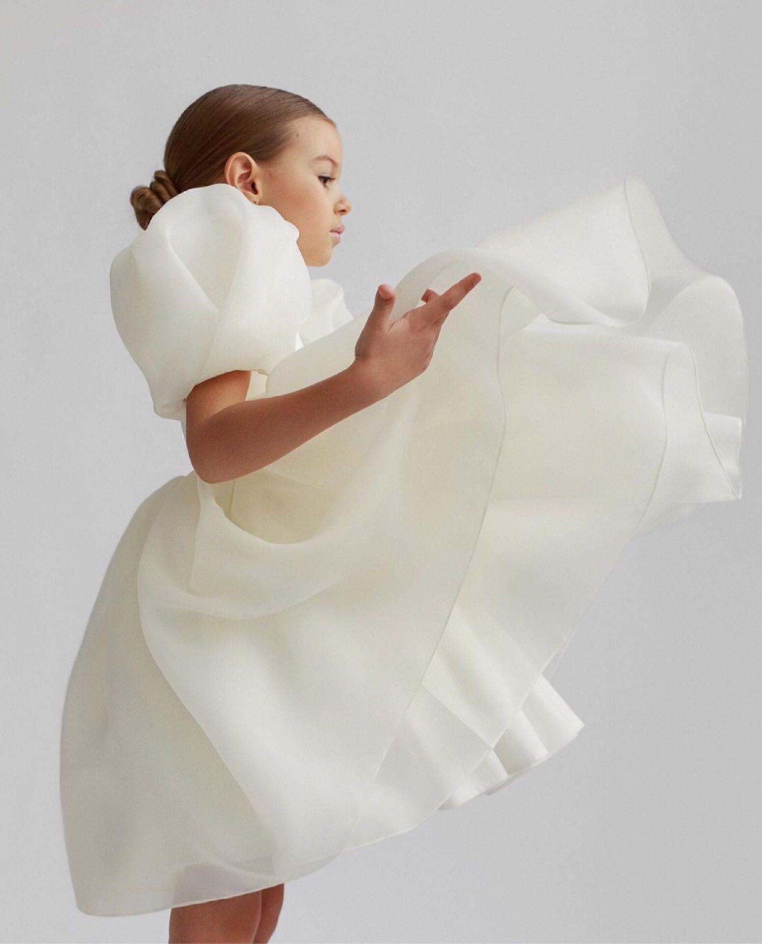 6M-10Y Fashion Baby Girl Princess Vintage Dress Puff Sleeve Tulle Children Dress White Wedding Birth