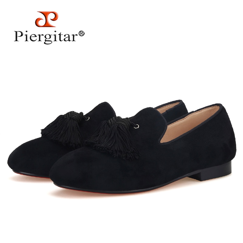 Piergtar-أحذية مصنوعة يدويًا من جلد الغزال الأسود للأطفال الصغار ، لأعياد الميلاد الكلاسيكية ، مع شرابة ، نعل داخلي من الجلد