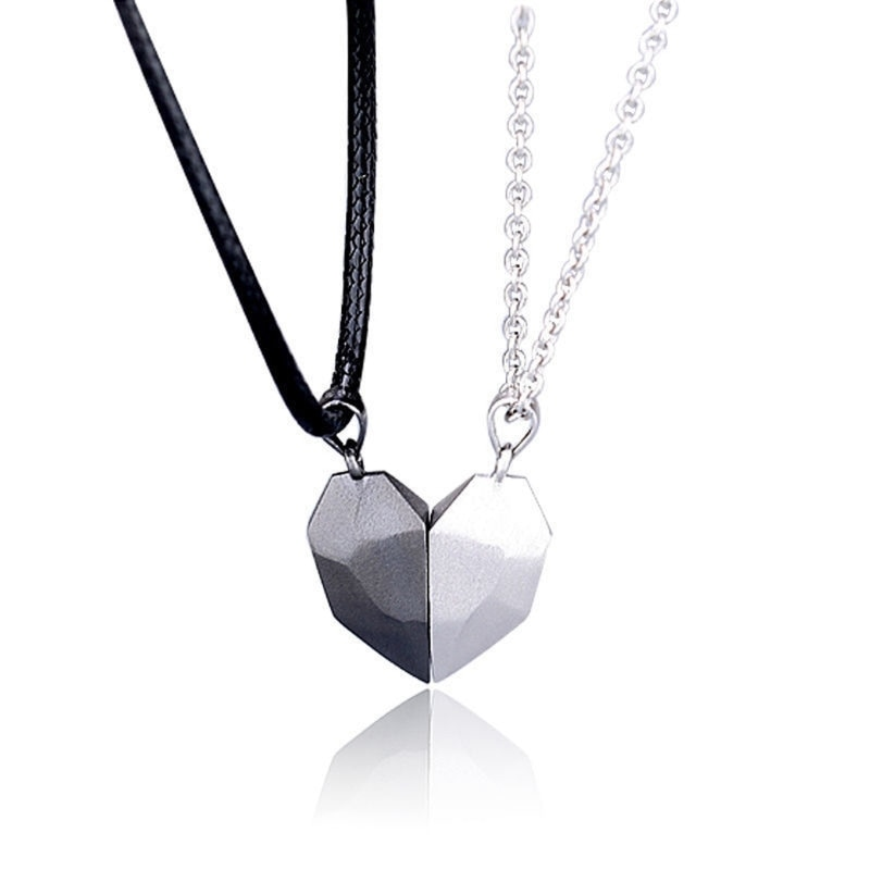 2Pcs Minimalist Lovers Matching Friendship Heart Pendant Couple Magnetic Distance Faceted Heart Pend