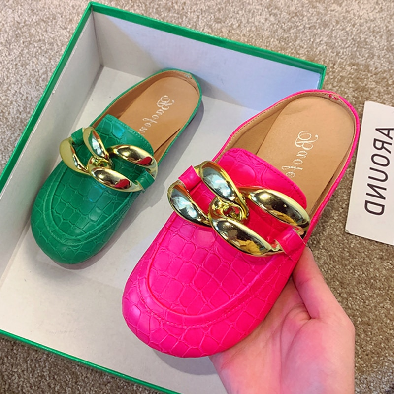 Brand Design Gold Chain Women Slipper Closed Toe Slip On Mules Shoes Round Toe Low Heels Casual Slid