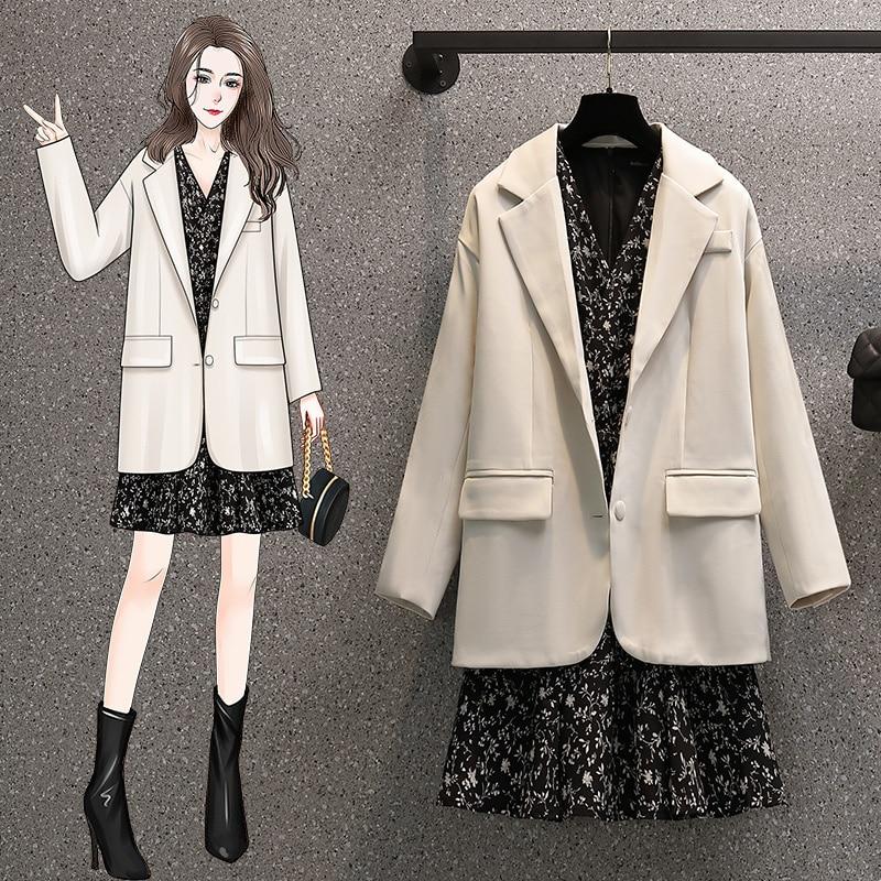 Ropa de talla grande para mujer, traje de manga larga de aspecto juvenil, holgado y adelgazante, para chicas regordetas, nueva moda de otoño
