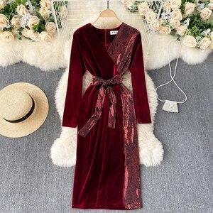 women's dress light luxury celebrity temperament V-neck design sense Sequin stitching retro velvet dress women's dress