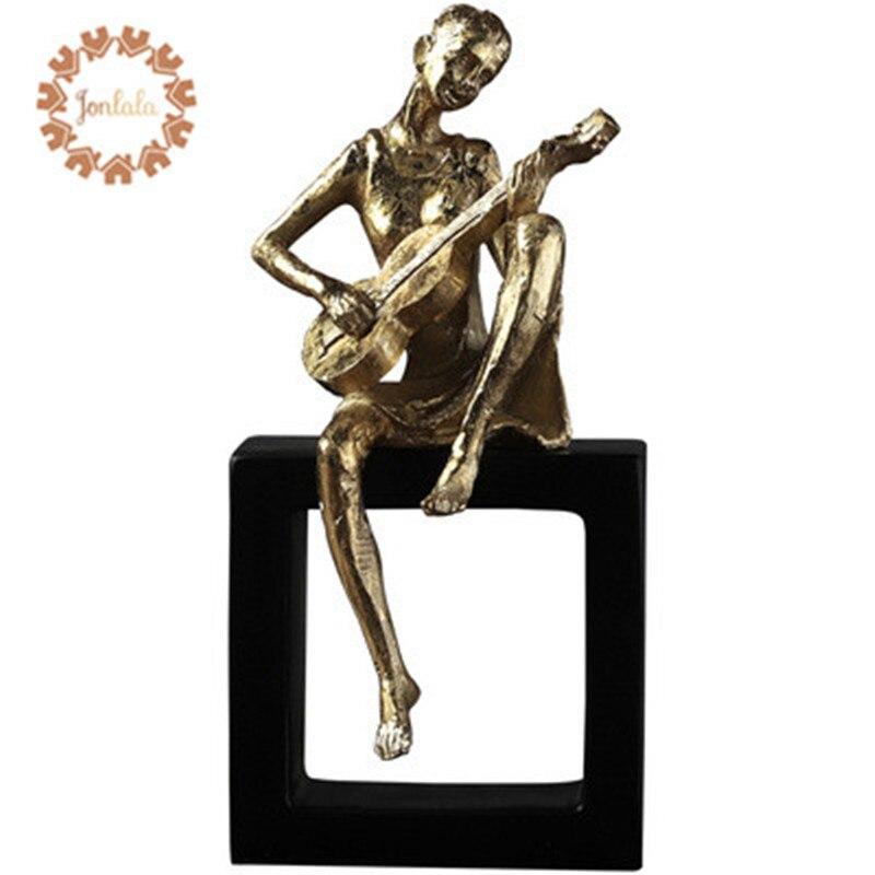Adorno de escritorio chapado en oro de Music Man, accesorios creativos para el hogar, muebles de resina para el dormitorio, el mejor regalo
