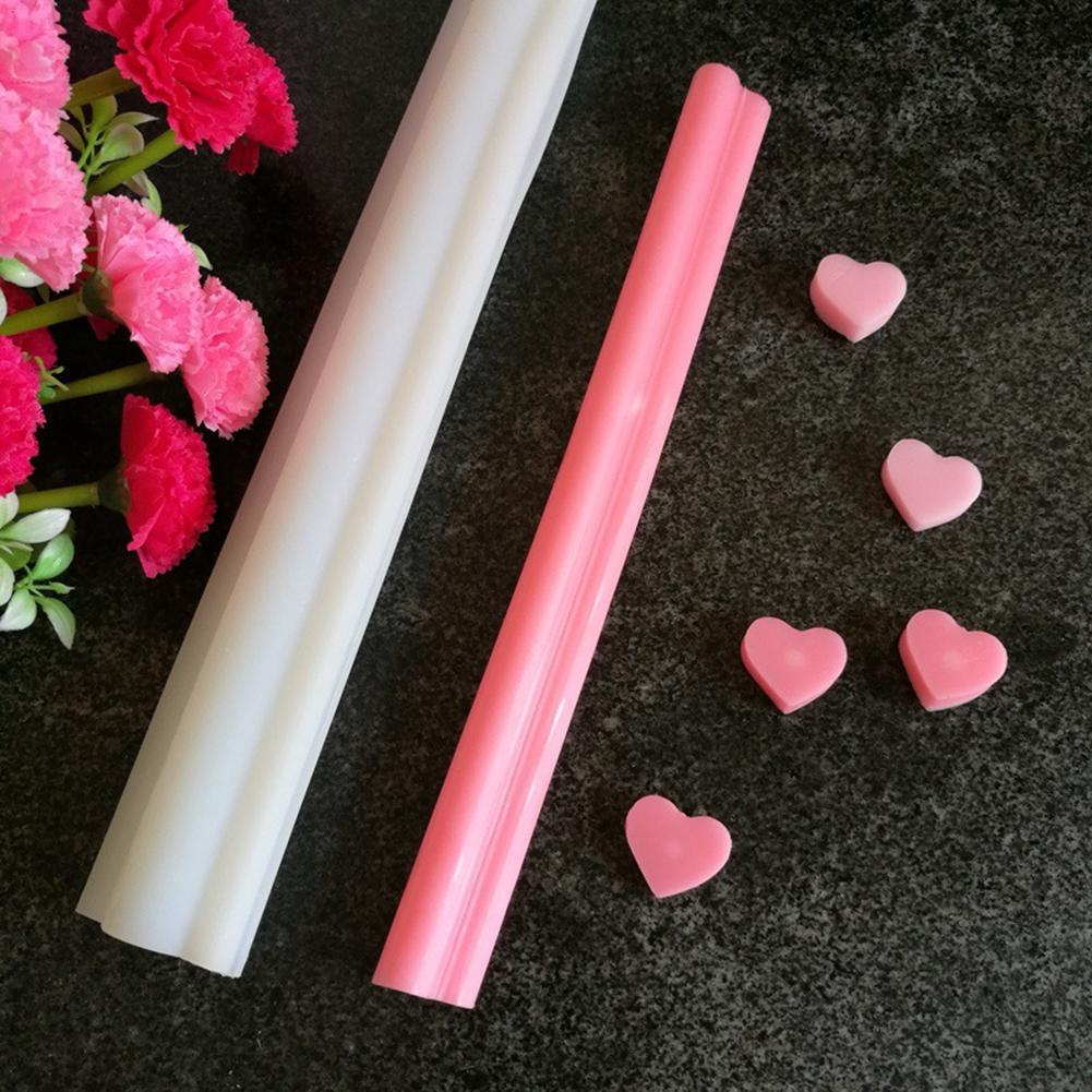 Molde de pegamento de cristal con forma de corazón redondo con forma de tubo de silicona hecho a mano