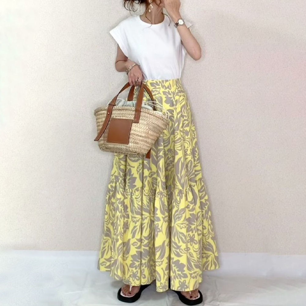 Two Piece Sets Doresuwe White T-shirt Floral Skirt Alphabet Switching Casual Ladies Fashion Round Neck A Line Skirt Pullover