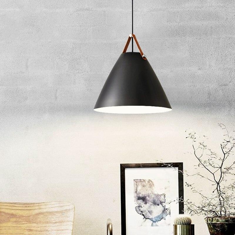 مصباح معلق من الحديد على الطراز الاسكندنافي ، تصميم حديث ، إضاءة داخلية مزخرفة ، مثالي للمطبخ أو غرفة الطعام أو غرفة المعيشة.