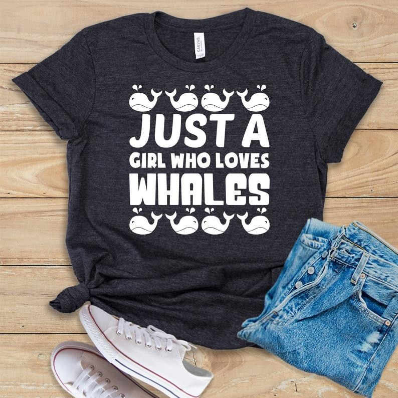 Just A Girl Who Loves Whales / T-shirt Whale Shirt Lover Gifts Tshirt Ocean Harajuku