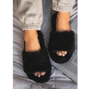 2020 New Women Slip on Suede Slippers Open Toe Women Home Slippers Winter Fluffy Furry Slippers Women Flat with Fur Slides