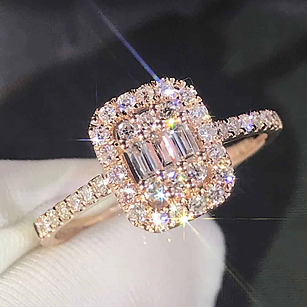 10K Au417 Rose Gold Women Wedding Party Engagement Ring Rectangle Emerald Victorian Moissanite Diamond Ring Trendy Cute Romantic