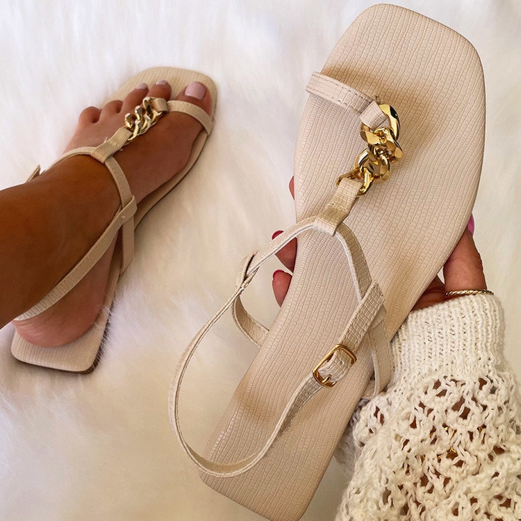 Summer Women Fashion Sandals Pleated Leather Chain Strap Ankle Buckle Ring Toe Flat Leisure Casual Outdoor Shoes Ladies