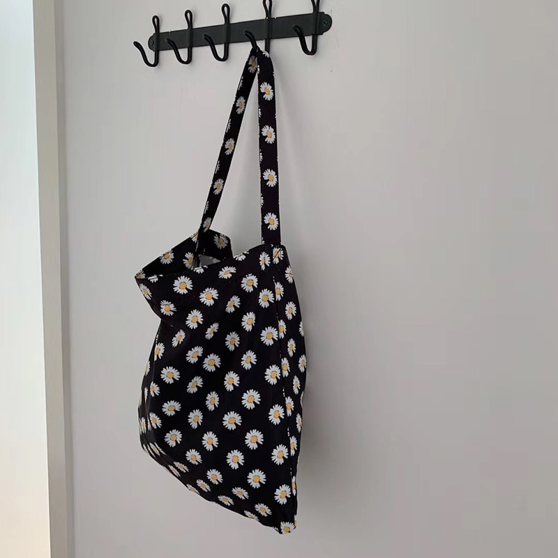 2020 Summer New Middle Little Daisy Women Handbag Flower Ladies Single Shoulder Bag Youth Brisk Marguerite Tote Bag Whole Sale