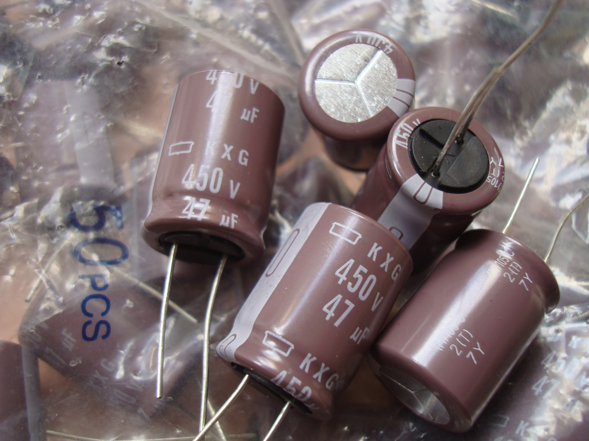 50pcs/lot Original JAPAN NIPPON KXG series 105C high frequency capacitor aluminum electrolytic capacitor free shipping 50pcs lot original japan nippon kze series 105c high frequency capacitor aluminum electrolytic capacitor free shipping