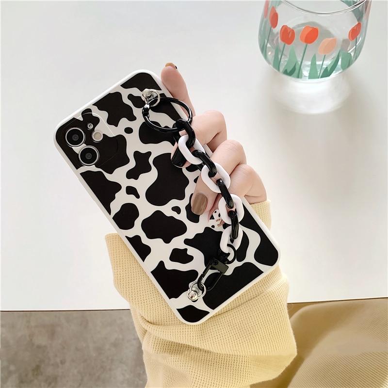 Correa de muñeca cadena leche vaca patrón funda de teléfono para iphone 11 11Pro X Xs max SE XR 7 8 Plus funda de silicona suave funda de dibujos animados