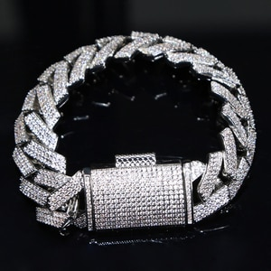 Iced out men chain bracelet with large big clasp paved 19mm wide cuban chain bracelet for hip hop men chain wholesale jewelry