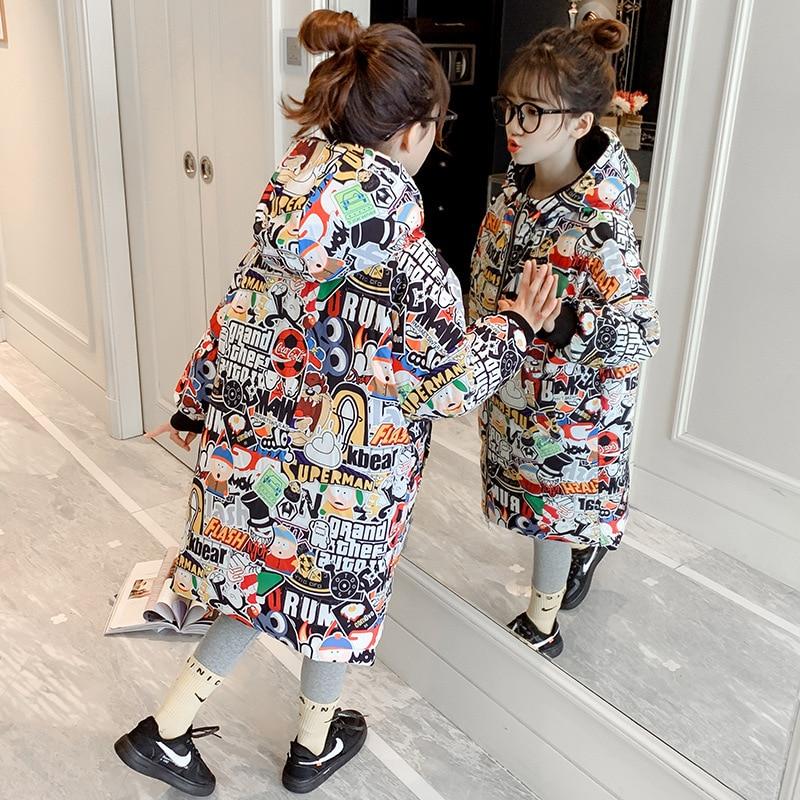 رشاقته الدافئة الشتاء الفتيات معطف مقنعين سحابات جيب طويل ملابس خارجية جاكيتات الأطفال موضة طباعة سترة منفوخة معطف 3-12 سنوات