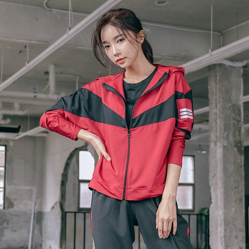2020 nuevo negro rojo mujeres Yoga Top camisa deportiva de manga larga chaqueta deportiva correr Fitness gimnasio chaqueta 3XL 4XL abrigo de mujer de gran tamaño