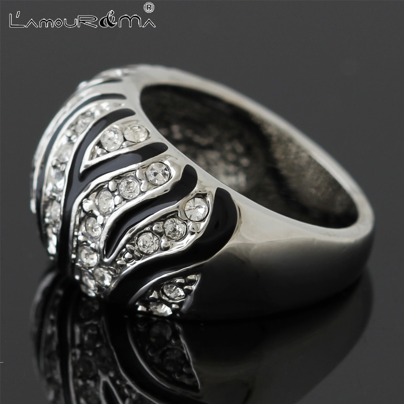 L'Amour&Ma Rings For Women Men Fashion Luxury Vintage Zirconia Black Alloy Crystal Ring Party Dating Jewelry Accessories Gifts