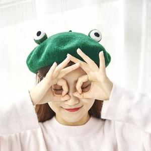 Women Cute Green Frog Eyes Beret Cap Winter Faux Wool Kawaii Painter Beanie Hat Y3NE