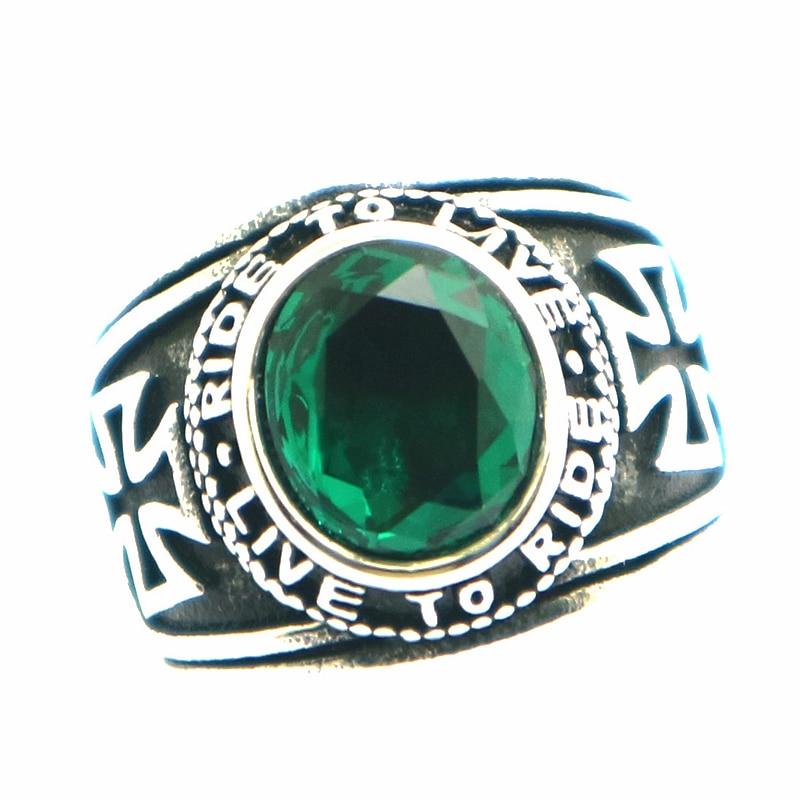 Estilo de la motocicleta Unisex 316L Acero inoxidable fresco paseo para vivir, vivo para montar piedra verde anillo con Cruz de motero