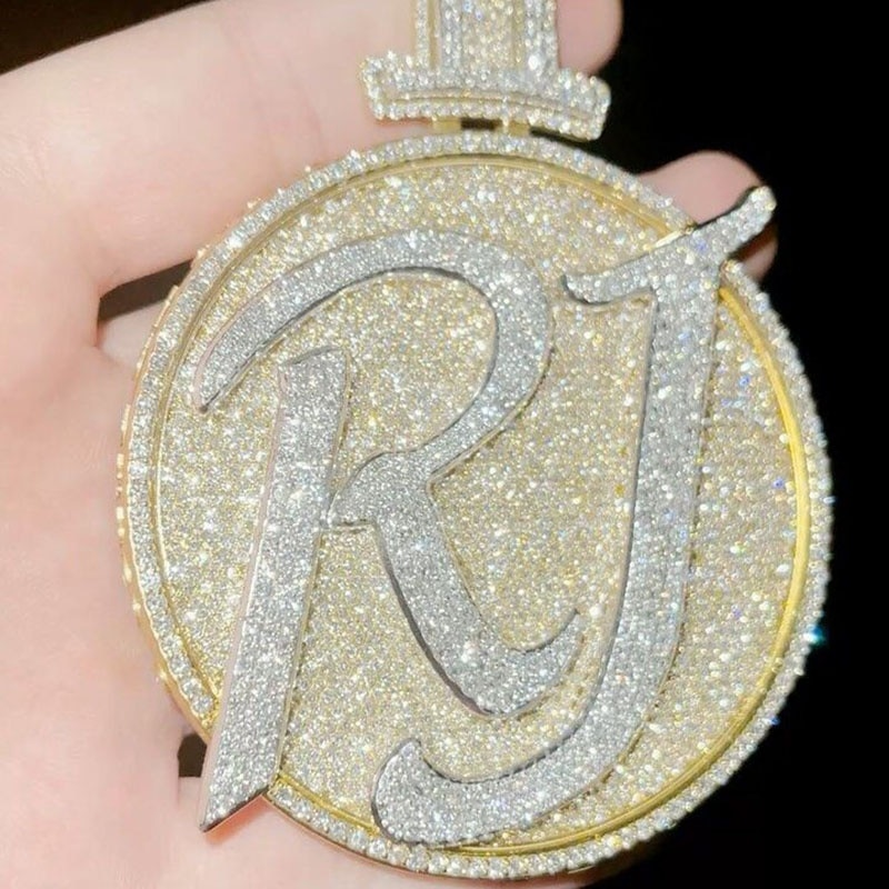 P&Y Customized Round Letter Intital Necklace Logo Chain Iced Out VVS Diamond Mens Moissanite Diamonds Gold Custom Jewelry
