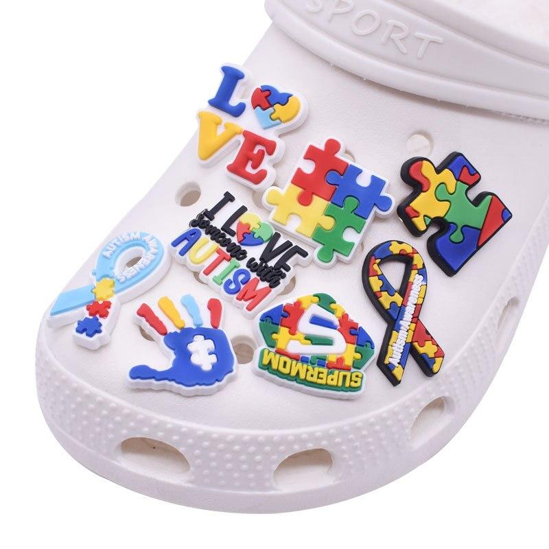 Hot 1pc Funny Color Puzzle Shoe Charms Croc jibz Decoration PVC Sandals Garden Shoe Buckle Accessori