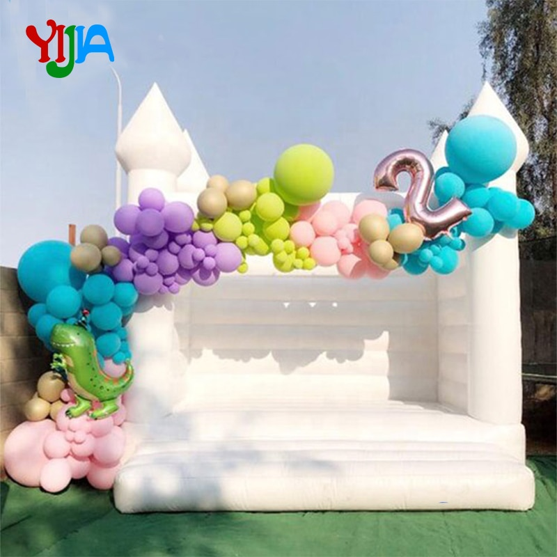 Wedding Decorate White Inflatable Bouncy House Jumping Castle For Party  Commercial Or Residential
