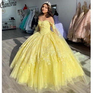 Light Yellow Quinceanera Dresses Flowers 2021 Floral Lace Spaghetti Applique Straps Open Back Graduation Dress For High School