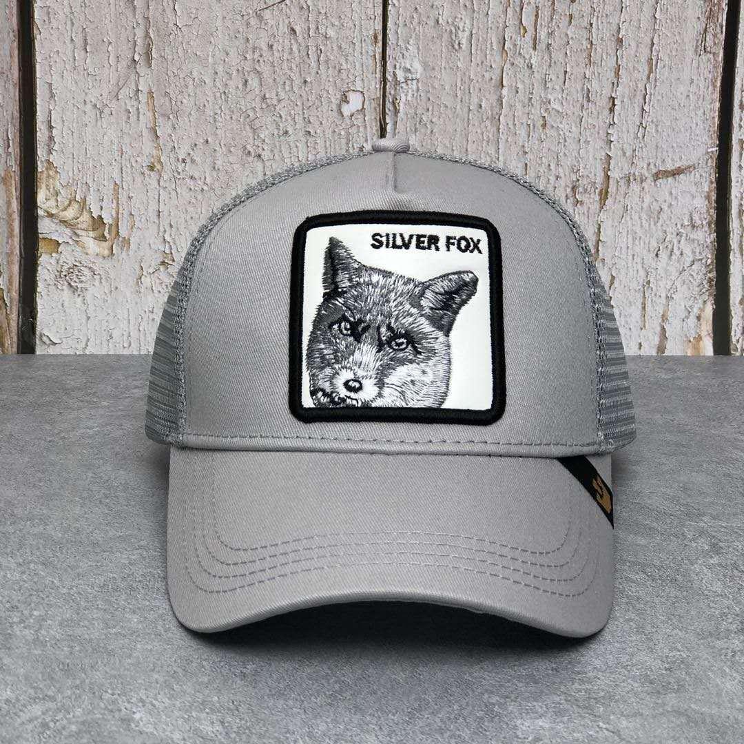 Nuevo plata Fox Anime Animal camionero sombrero de alta calidad parche dibujo diseño de gorra de béisbol 58 estilos gorra Gorras Casquette Dropshipping