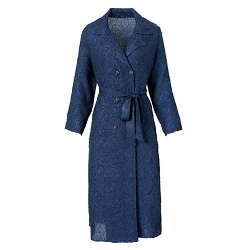 Высококачественная ветровка с вышивкой для мамы, Женская Осенняя куртка, новинка 2021, темпераментное красное свадебное платье размера плюс, ...