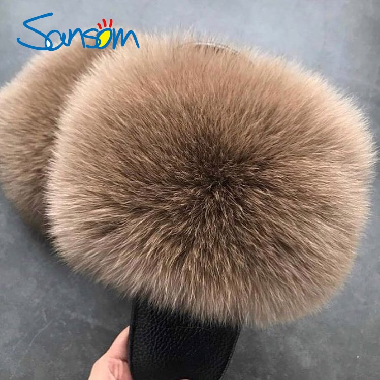 ruiyee ms real hair slipper luxurious fox hair workplace slippers comfortable hairy slippers sandals 2018 summer style Sansom Women's Summer Flat Slippers Genuine Fox Fur Slippers Women's Thick Hair Slippers Non-slip Indoor Slippers Silver Sole