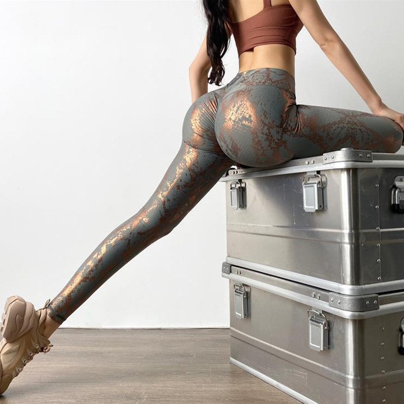 ATHVOTAR Sexy Snake Skin Leggings Women Fitness Seamless Leggins Push Up Women Sports Quick Drying High Waist Gym Clothing