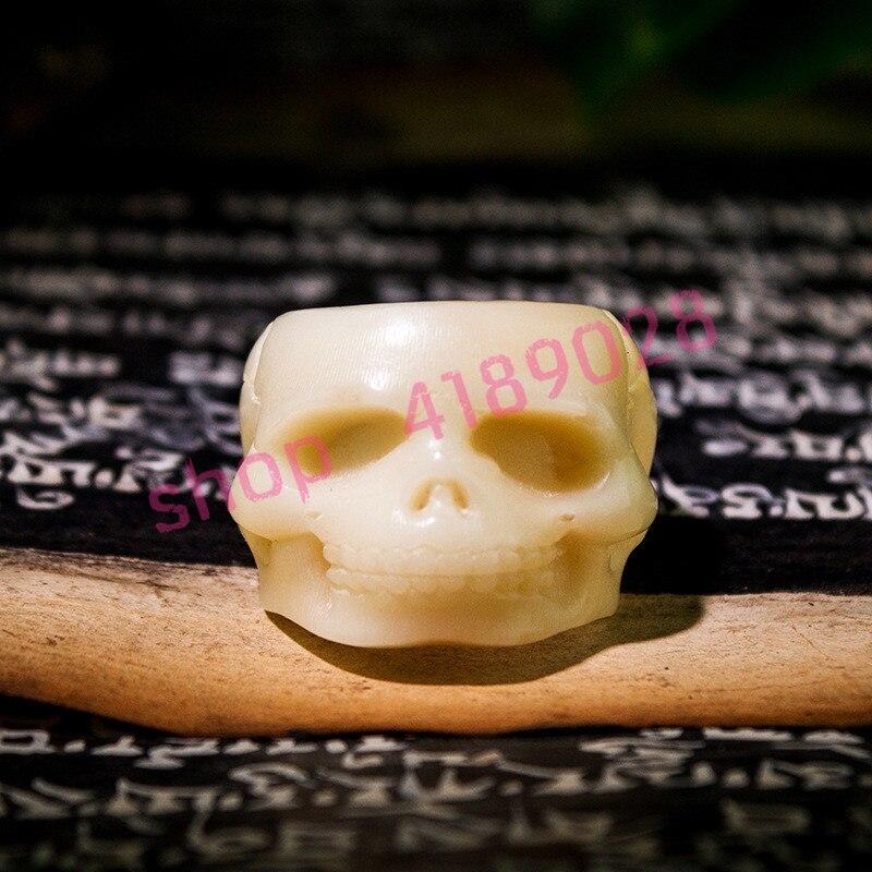 Hueso de camello Natural, tallado a mano anillo de cabeza de esqueleto, adornos artesanales de talla de hueso.