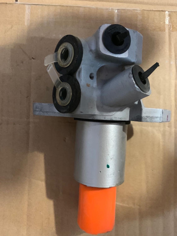 أسطوانة رئيسية للفرامل لسيارة SAIC ROEWE 750 MG7, قطع غيار موديل SJBS0010A