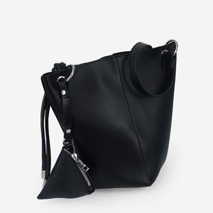 2020 Hot Leather Bag For Women Handbag Large Capacity Lady Shoulder Bag High quality Crossbody Messenger Bag Black