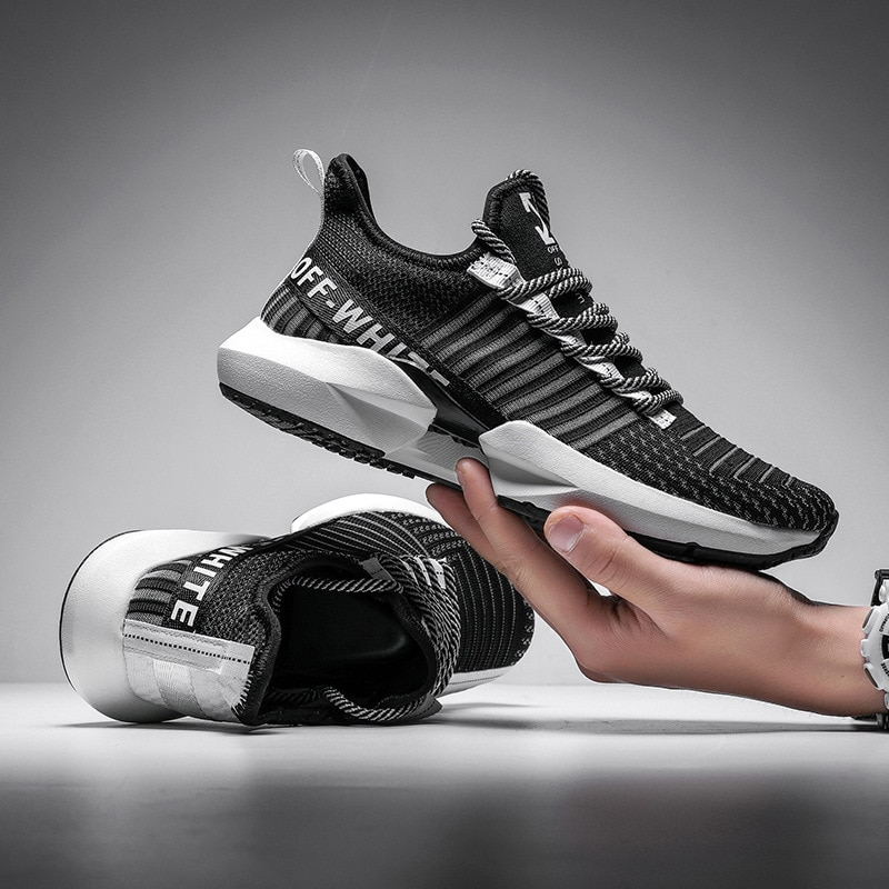 Spring Sneakers Men Casual Shoes Lightweight Breathable Mesh Shoes Black Fashion Sneakers Couple Foo