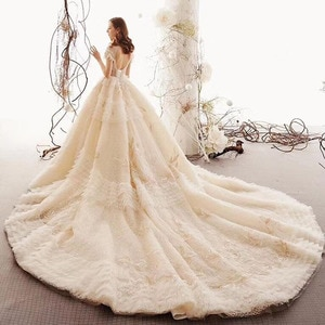 Latest Luxury Champagne Lace Short Sleeve Bridal Wedding Dresses High Neck Beading Tiered Skirt Wedding Gowns for Bride Back Out