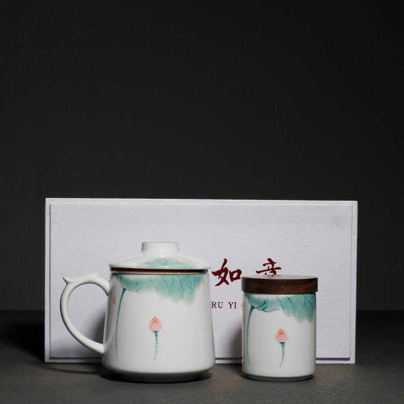 PINNY 375ML Hand Painted Ceramic Lotus Tea Mugs With Filter Pigmented Mug And Tea Caddy Set Tea Ceremony Accessories