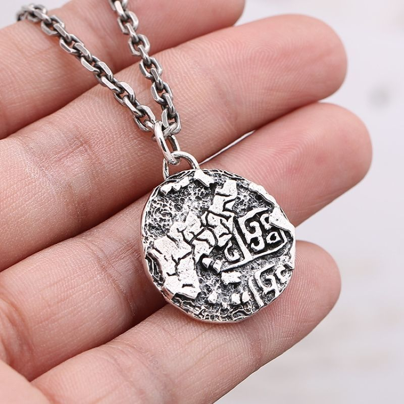 All-Knowing Eye 925 Sterling Silver Eye of God Necklace Male Personality Retro Silver Cake Pendant  Designer Charms