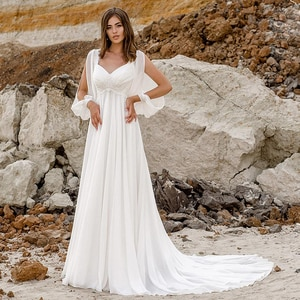 Sexy Chiffon Beach Wedding Dresses 2020  Long Sleeves V Neck Applique A Line Summer Boho Bridal Gown Plus Size Robe De Mariage
