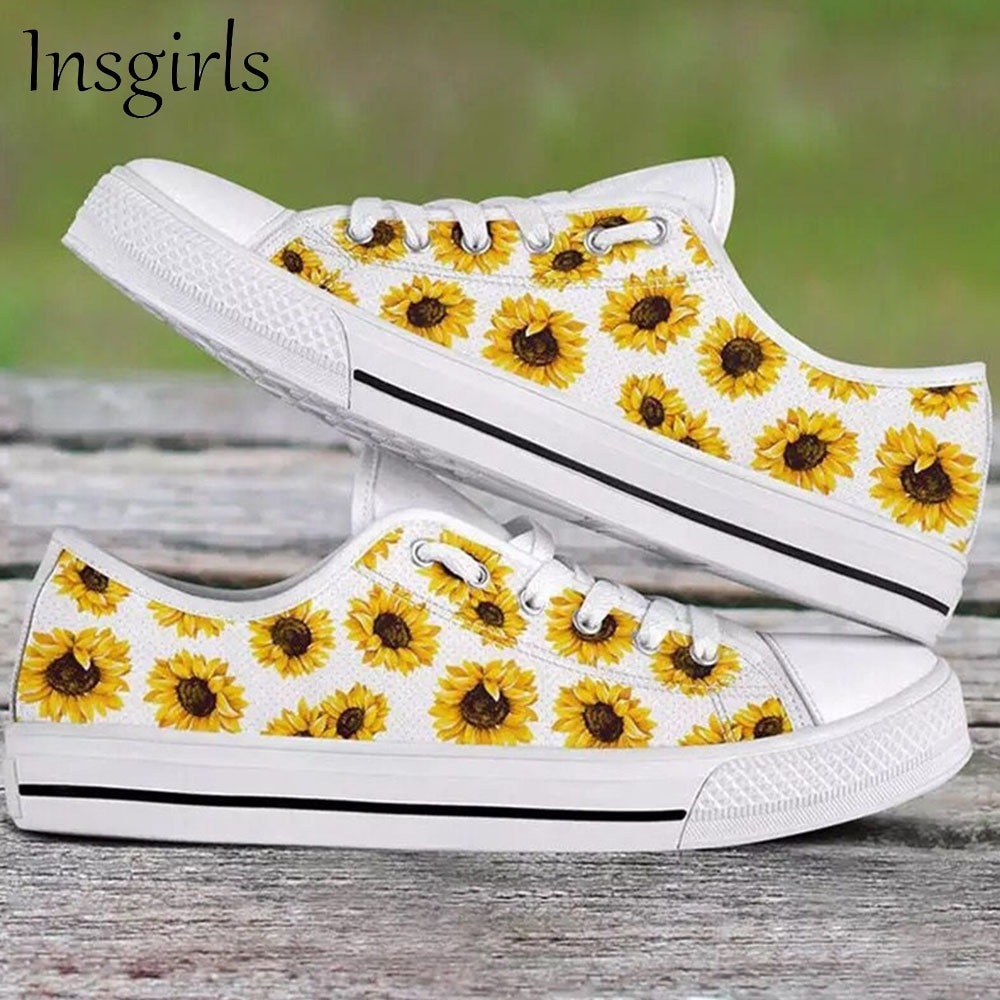 Women's Flower Sneakers 2021 Spring Autumn Round Toe Ladies Casual Canvas Shoes 35-43 Large-Sized Ru