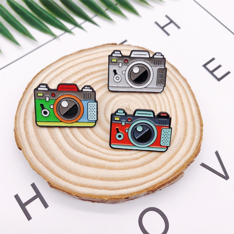 Cartoon Creative Photography Lovers Camera Camera Enamel Brooch Red Green Gray Alloy Badge Clothes B