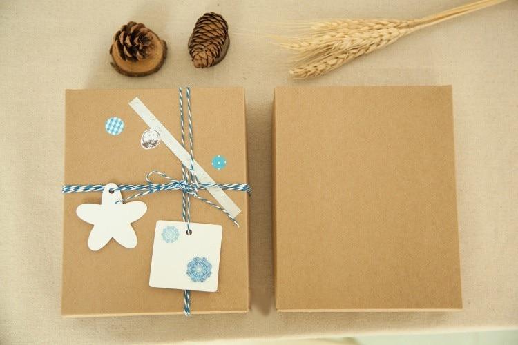 20*16*4cm et 8.5*8.5*3.5cm boîte de papier chaque 200 pièces envoyer via FBA