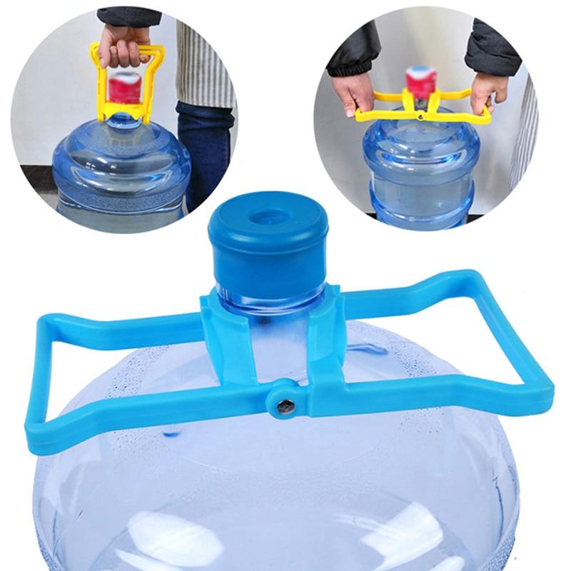 1pc água transportar balde de balde de água engarrafada lidar com água transtornada garrafa de água lidar com baldes de balde levantador cor aleatória